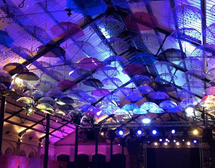 Création d'un plafond de parapluie dans une Halle au Marché à Haguenau