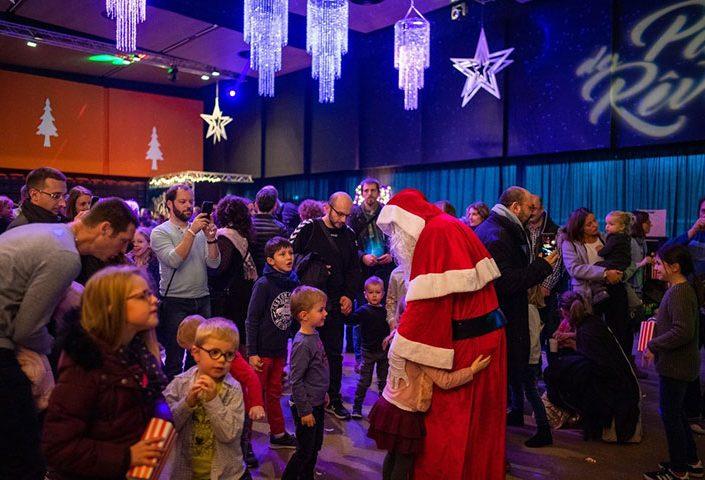 Arbre de Noël et fête des enfants